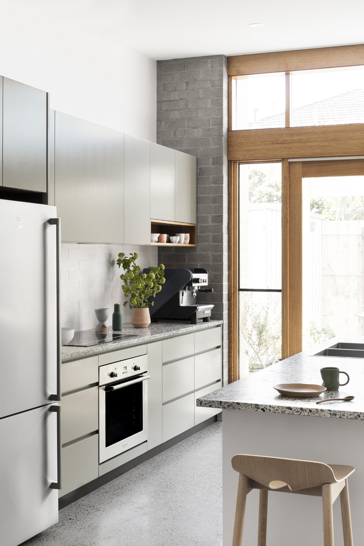 Miraculous Cantilever Kitchens Sustainable Design Function Helen Home Interior And Landscaping Eliaenasavecom
