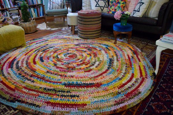 Large 200 cm Round Recycled Sari Rag Floor Rug