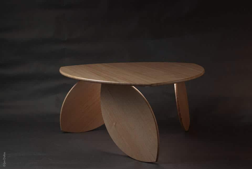 duncan-meerding-leaning-leaf-coffee-table