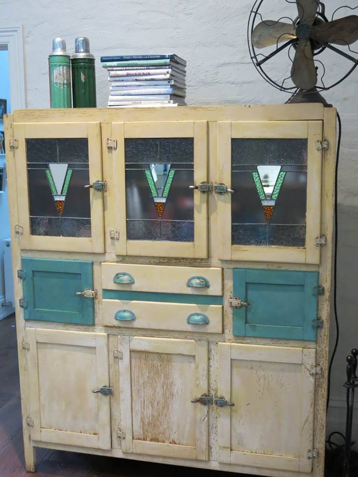 I Then Shared A Tour Of Ginas Home Which Also Includes Stunning Vintage Kitchen Cabinet