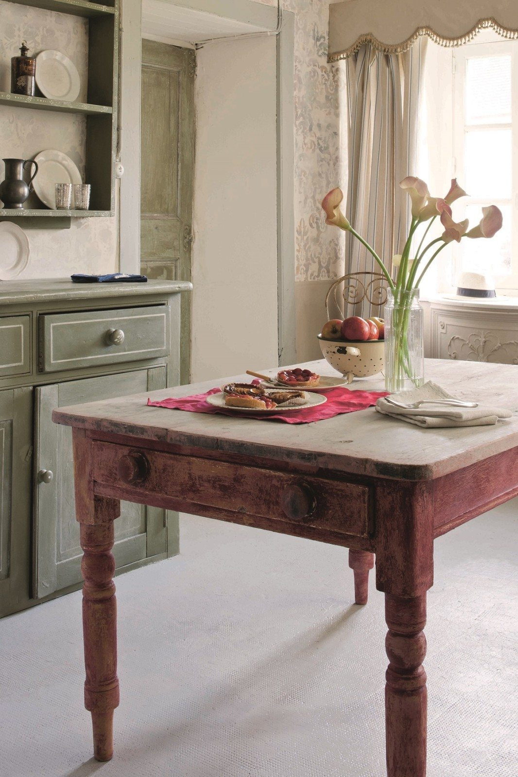 The Basics Of Using Chalk Paint By Annie Sloan Helen