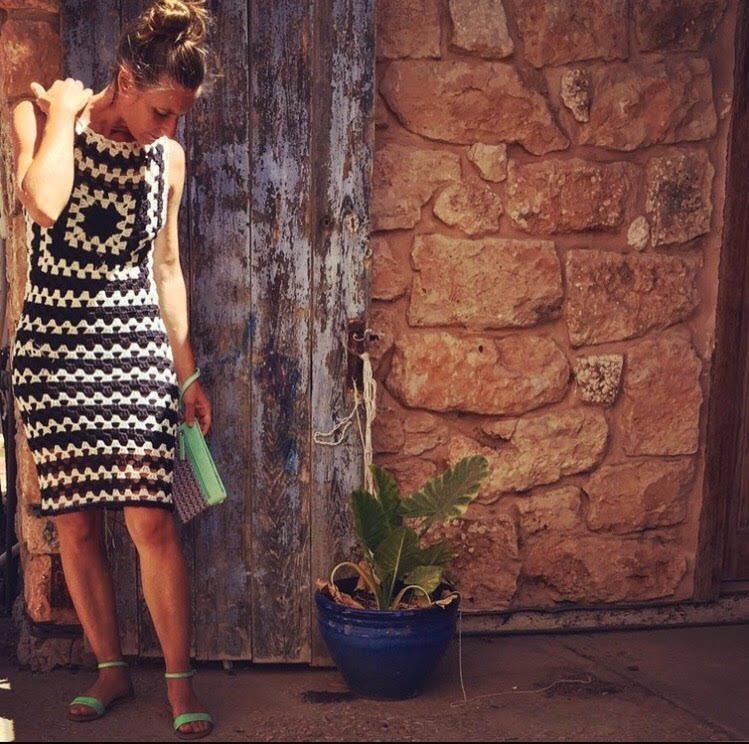 Free crochet pattern - how to crochet the Audrey Dress