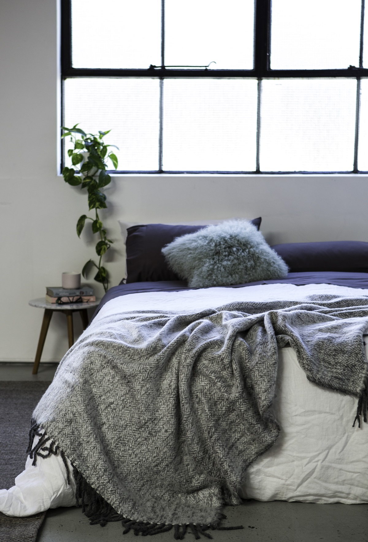 Your Ultimate Guide to Sustainable Home Decor Shopping - Prinka eco bedding