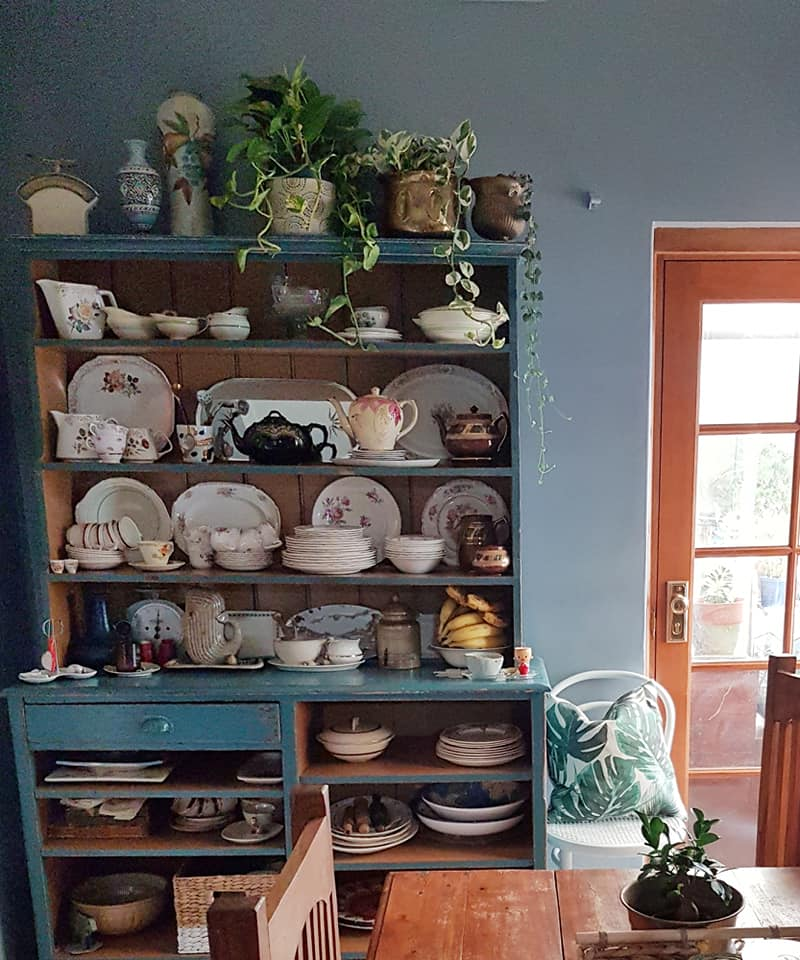 what is wrong with nana style? how to incoporate vintage into your home