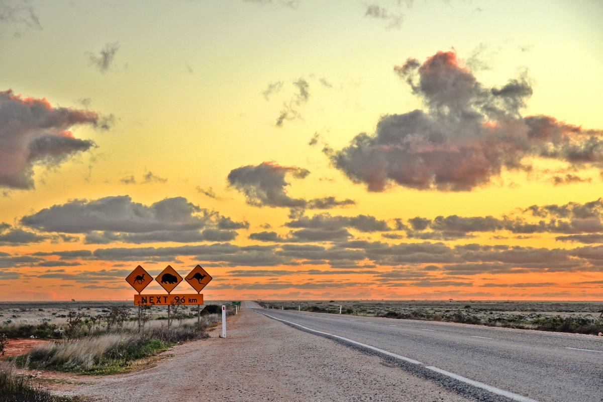 Helen Edwards Writer in Australia short story about the Nullarbor